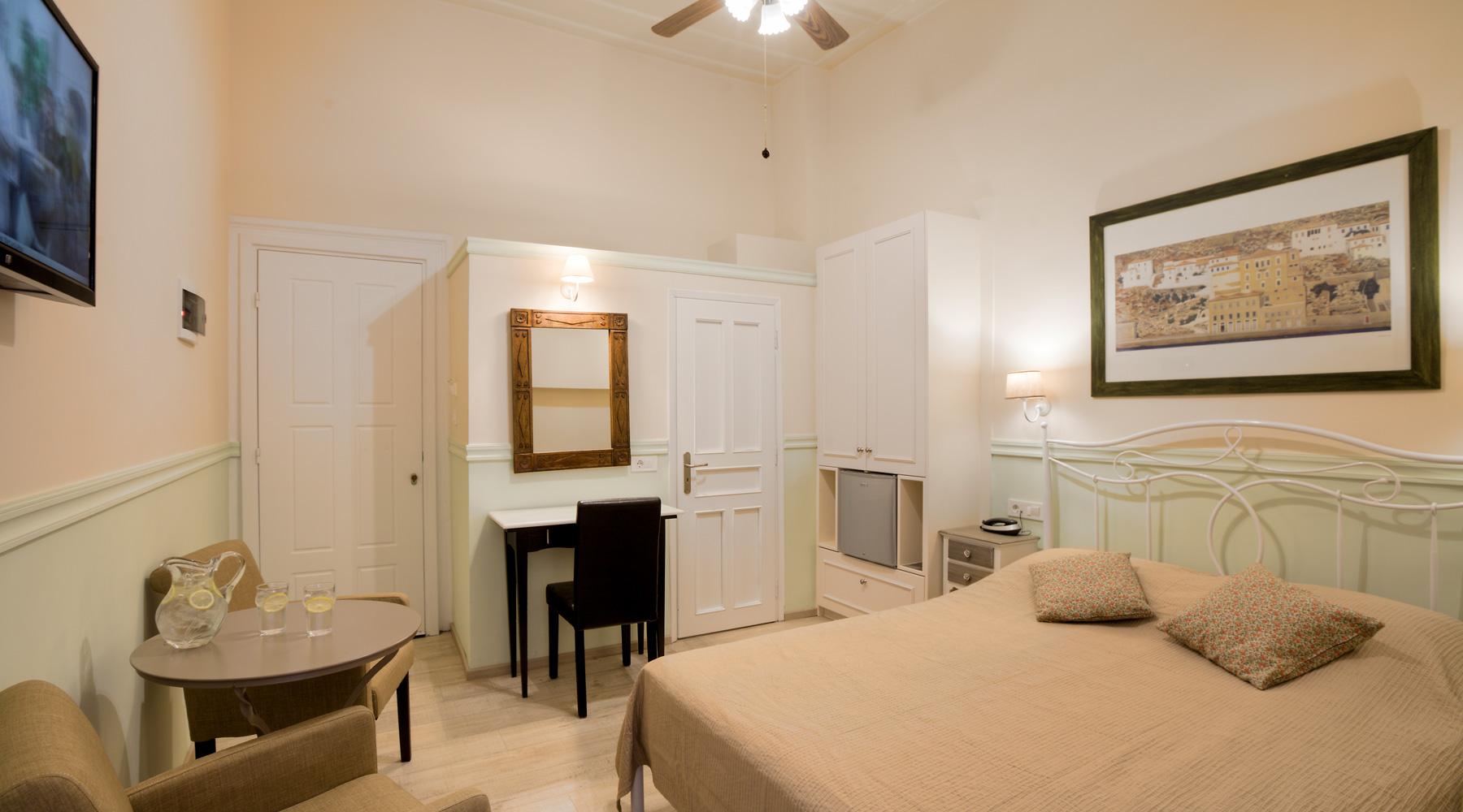 Double Room Efterpi